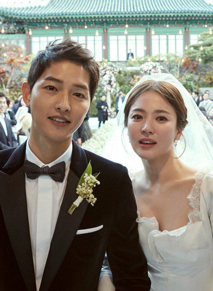 Official Wedding Photos - Song Joong Ki and Song Hye Kyo